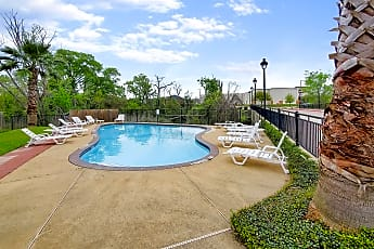 Pool, 112 Forest Dr, 2