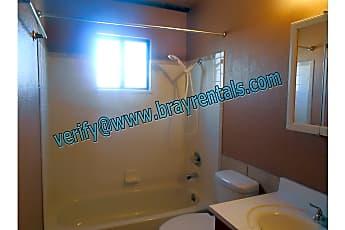 Bathroom, 485 Mae St #3, 2