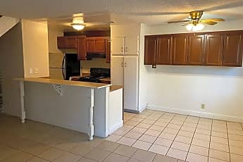 Kitchen, 1304 Sycamore Dr 3, 1