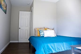 Bedroom, Room for Rent -  a 2 minute walk to bus 74, 2