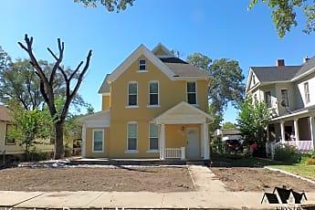 Building, 820 W Abriendo Ave, 0