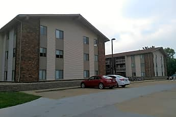 Lincoln Place Apartments, 0