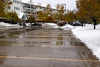 Briarwood Apartments, 2