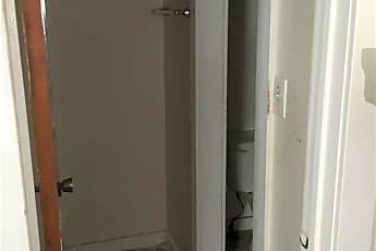Bathroom, 143 Main St 10, 2