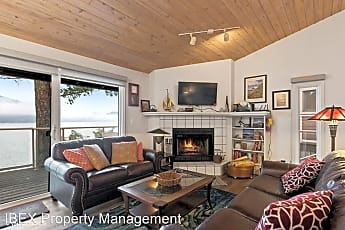 Living Room, 300 Bay Point Dr, 0