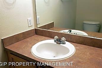 Bathroom, 8529 Prairie Dawn Dr, 2