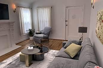 Living Room, 534 N Poinsettia Pl, 1