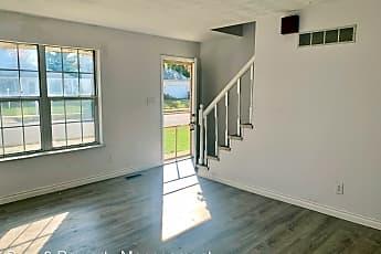Living Room, 1309 W Chestnut St, 0