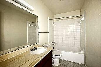 Bathroom, 4424 Woodhollow Dr, 2