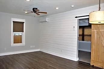 Living Room, 4119 Beaver Crest Dr, 1