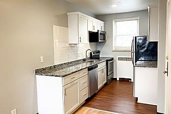 Kitchen, 825 Iroquois Ave, 0