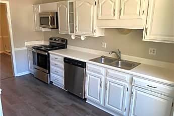 Kitchen, 596 Harcourt Pl SE, 1