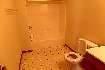 Bathroom, 699 N 25th St, 2