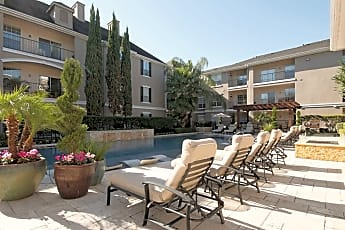 Pool, Estates at Bellaire, 0