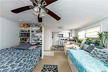 Living Room, 326 E Bay Dr, 0