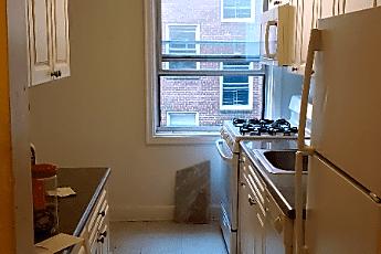 Kitchen, 624 Larchmont Acres, 0