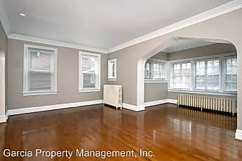 Building, 5252 Bancroft Ave, 1