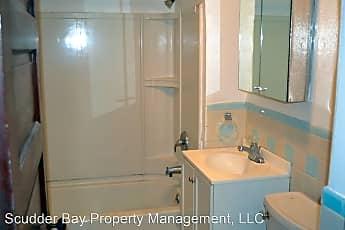 Bathroom, 99 Laurel Ave, 2