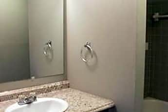 Bathroom, 816 Coleman St, 2
