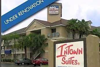 InTown Suites - Commercial Blvd (CMB), 0