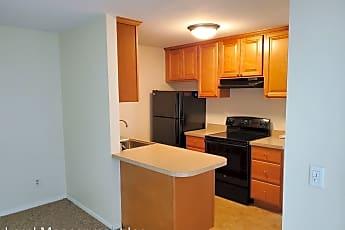 Kitchen, 6 1/2 Kirkland Ave, 0