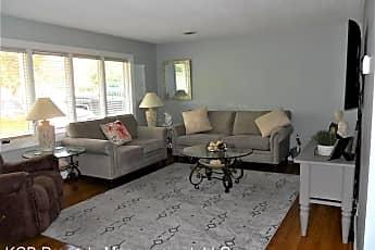 Living Room, 617 Holly Lane, 0