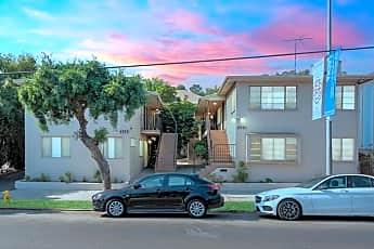 Building, 4555 N Figueroa St, 0