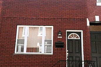 Building, 2501 S Clarion St, 0