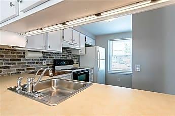 Kitchen, 3243 Sherwood Dr 0, 0