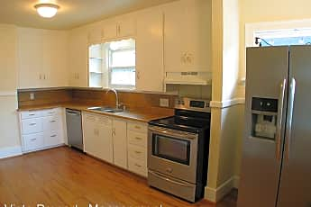 Kitchen, 1606 S Ainsworth Ave, 1
