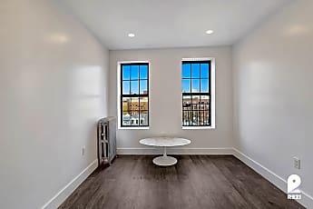 Bathroom, 476 W 165th St #5A, 1