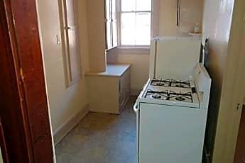 Bathroom, 1006 Miller St, 2