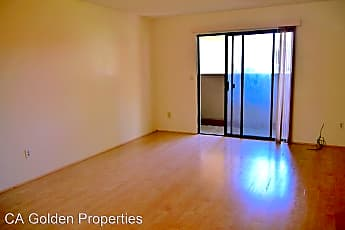 Living Room, 3333 Shadow Park Pl, 1
