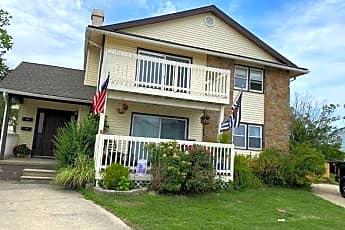 Building, 340 Hampshire Dr, 0