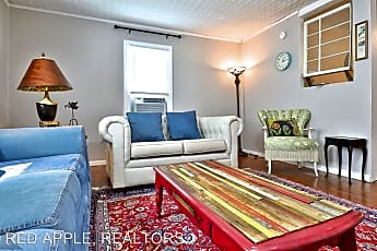 Living Room, 666 1/2 College Dr, 0