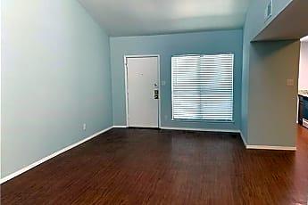 Living Room, 6646 E Lovers Ln 904, 1