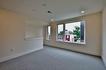 Living Room, 2438 Lee St - Unit 2, 0