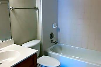 Bathroom, 1913 Ann Arbor Ave, 2