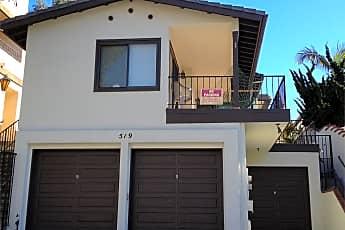 Building, 519 Avenida Victoria, 1