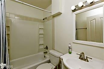 Bathroom, 1435 Denali St, 1