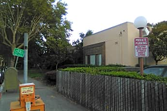 Rotary Manor, 0