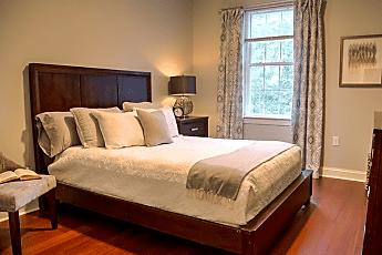 Bedroom, 92 N Main St, 1