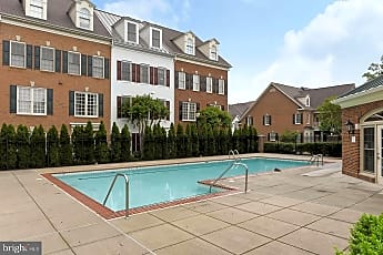 Pool, 1405 Roundhouse Ln 308, 2