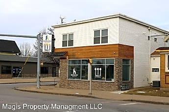 Building, 580 Amherst St, 0
