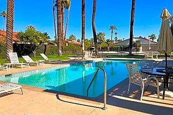 Pool, 44 Lincoln Pl, 1