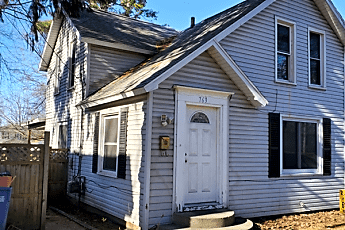 763 Sinclair Ave NE, 0