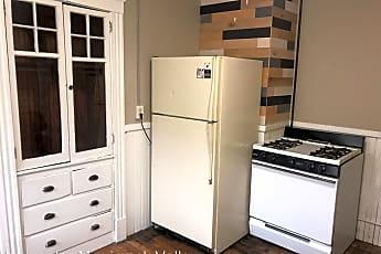 Kitchen, 136 Winter St, 1