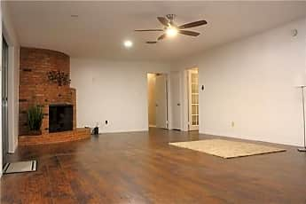 Living Room, 2410 Royal Acres Dr, 0