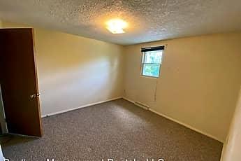 Living Room, 162 Oak Manor Dr, 2