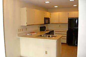 Kitchen, 513 Ranch Trail !22, 1